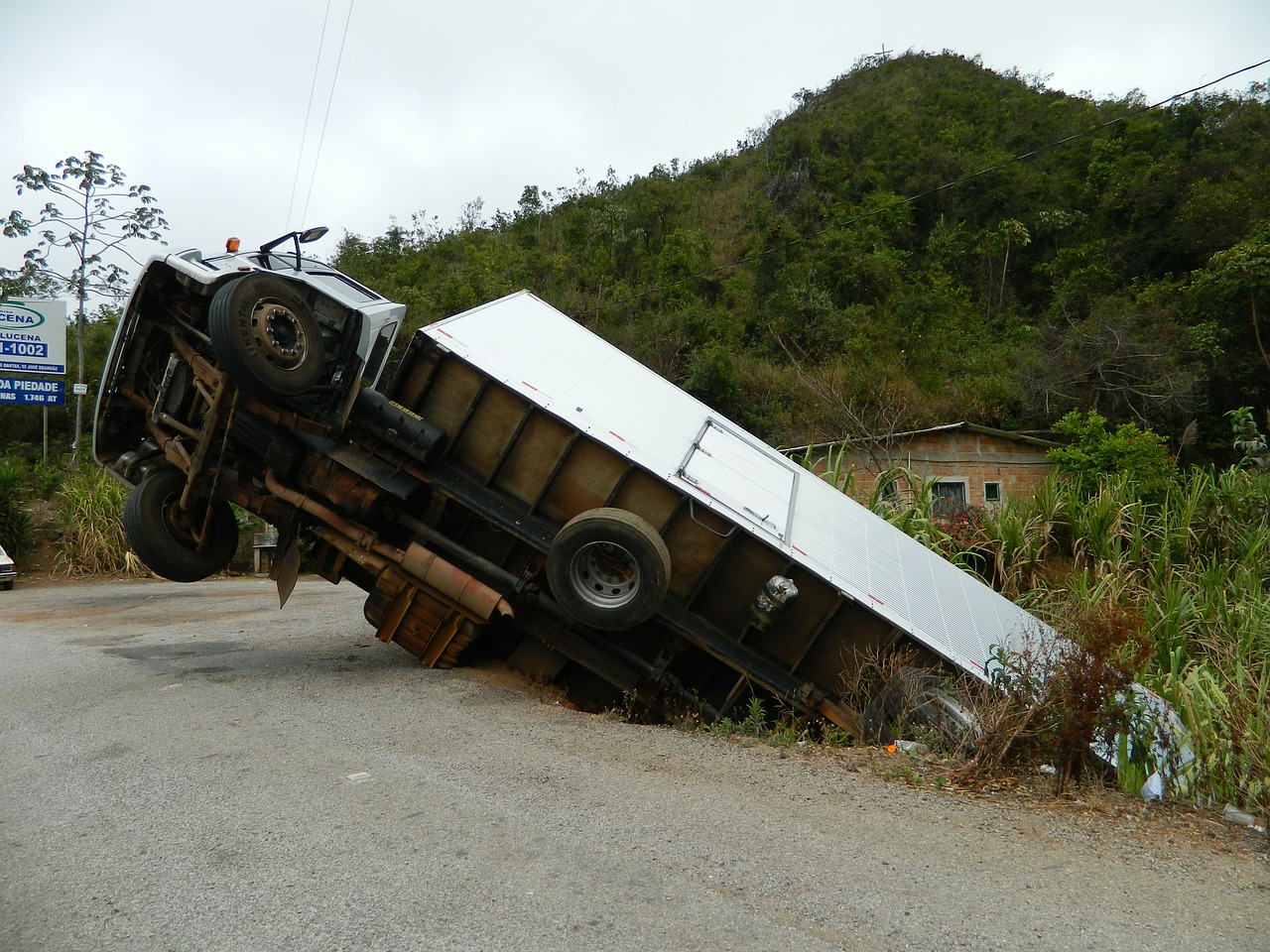 Commercial Truck Accidents & Personal Injury Lawsuits